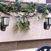Đèn sân vườn năng lượng mặt trời treo tường phong cách châu Âu 200 Lumen SGL-04-