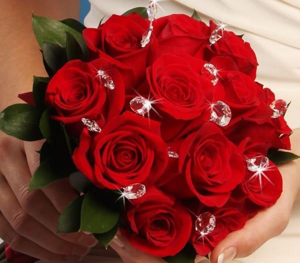 Hoa tặng sinh nhật đẹp và ý nghĩa – Hoa hồng tươi thắm