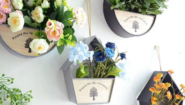 Những mẫu chậu hoa treo tường đẹp và dễ làm 25
