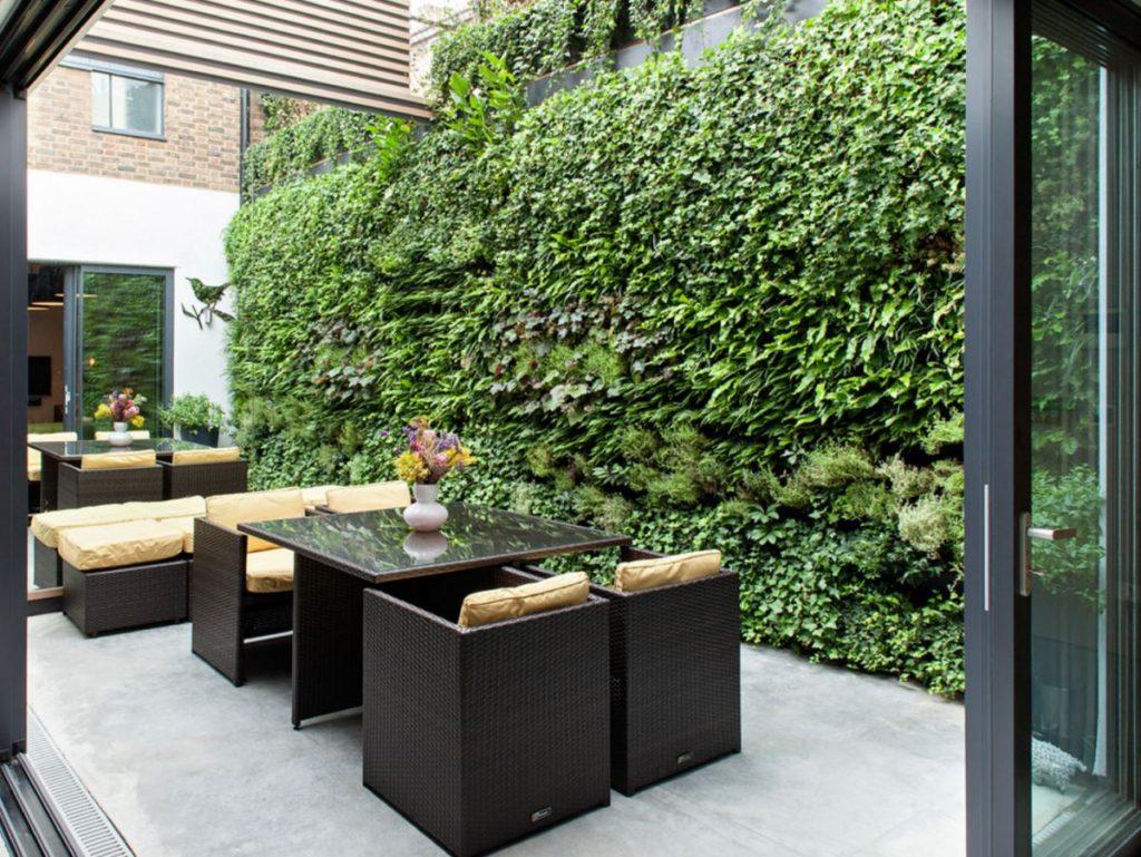 Những mẫu thiết kế vườn tường đẹp nhất 2019