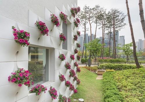 Những mẫu thiết kế vườn tường đẹp nhất 2019 19