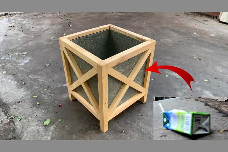 Chậu gỗ từ hộp nhựa tái chế Rebox Famifarm